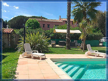 B&B Puget sur Argens VAR 83 - Studio and gite for rent - BED AND BREAKFAST LE MAS DU BIJOU BLEU - French Riviera PUGET SUR ARGENS 83480